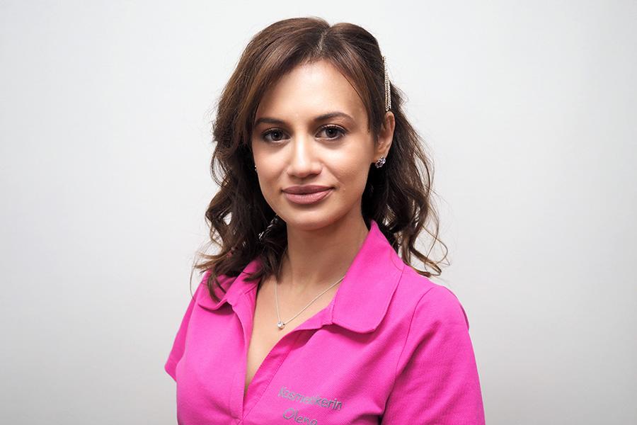 Fachfußpflegerin, Kosmetikerin Olena